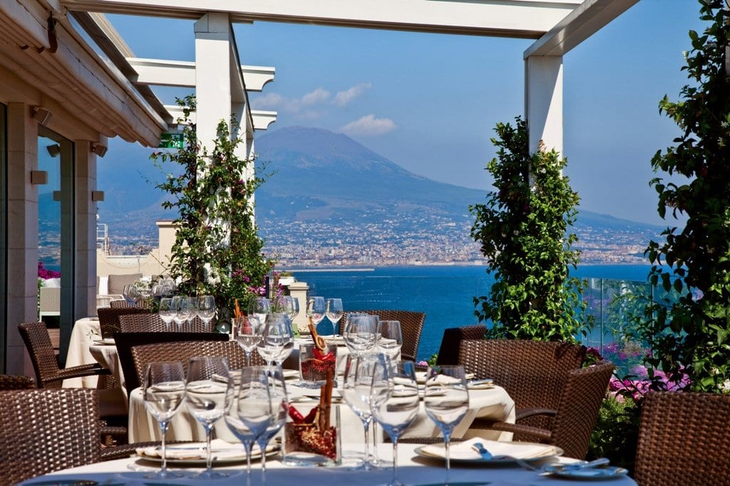 Grand Vesuvio, Naples