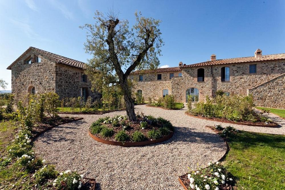 Casanova di Neri: The Best Wineries To Visit in Tuscany