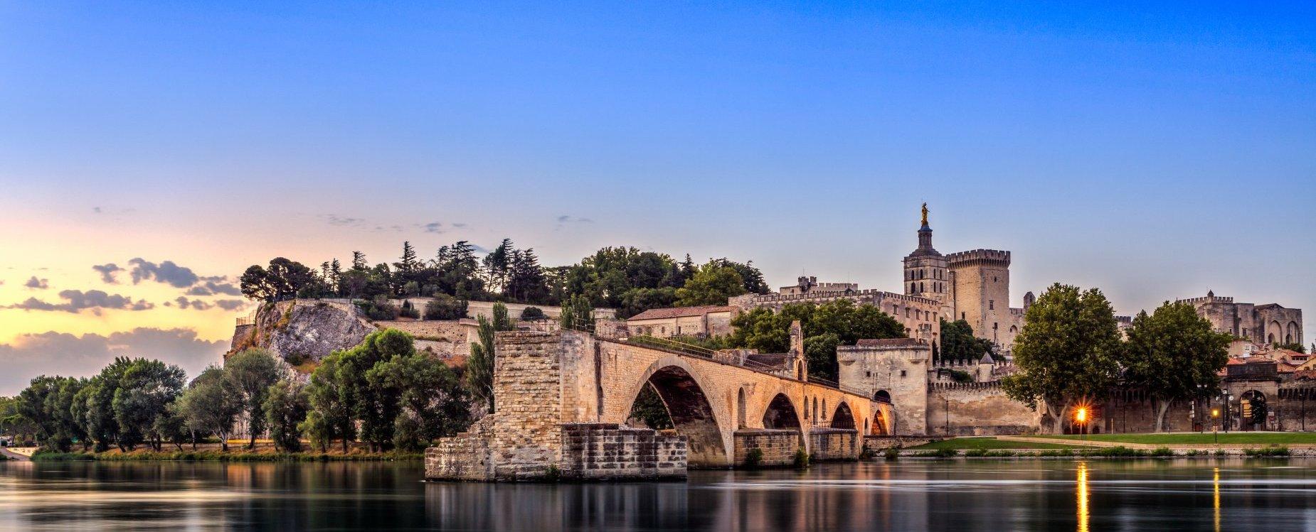 Avignon Provence 187 French City Travel Guide 187 Cellartours