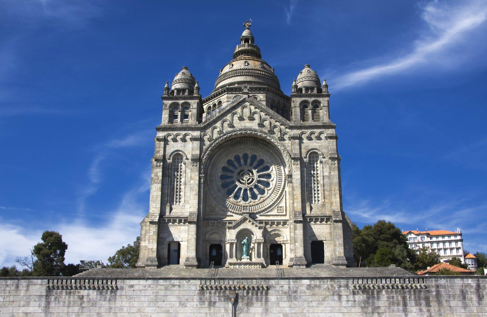Viana Do Castelo 187 Portugal City Travel Guide 187 Cellar Tours