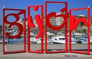 Gijon symbol red monument