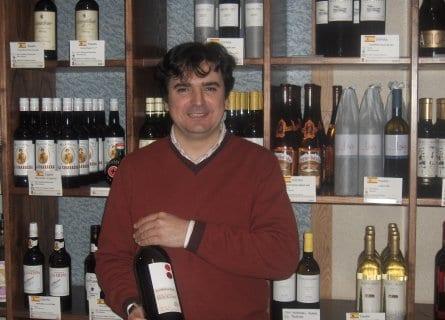 Ezequiel owner of Reserva Y Cata