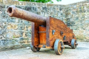 Old cannon, Pamplona