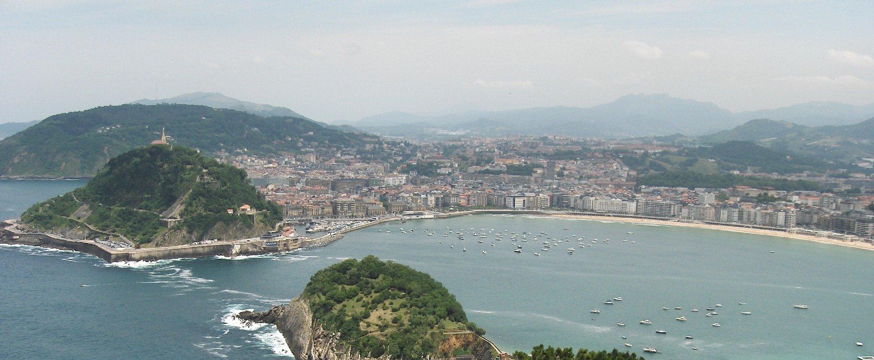 San sebastian basque country city travel guide cellartours - San sebastian tourist office ...