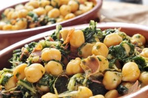 Spinach with chickpeas, served as a tapa